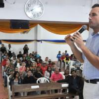"""Michels: """"a prefeitura reconhece a qualidade do atendimento oferecido aos jovens"""" - Foto: Ricardo Cassim"""